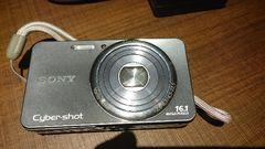 ソニー1600満画素のデジカメ