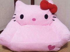 ハローキティハート刺繍ソファー型ぬいぐるみ40�p