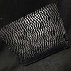 LOUIS VUITTON SUPREME タイガ エピ 二つ折り財布