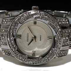 新品・未使用【箱付】BAOSAILI【ジルコニア】美しい腕時計