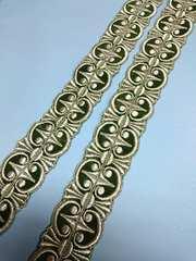 1スタ・グリーンベロアに銀糸刺繍のブレードテープ(��41113)