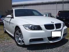 極上外車BMW323i、Mスポーツ希少の左ハンドル人気のホワイト