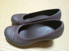 クロックス crocs パンプス 靴