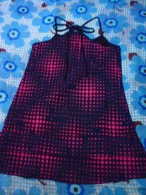ネイビー×ショッキングピンク ドット 水玉 ワンピ 新品 激安 < 女性ファッションの