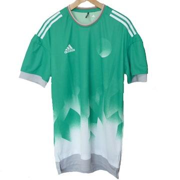 新品◆送料無料◆アディダス コアグリーン総柄Tシャツ(M)