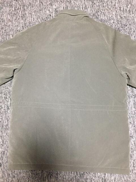 男性用 カーキ色 キルティングコート ポケットたくさん Mサイズ < 男性ファッションの