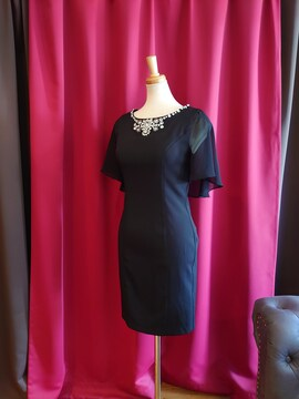 J17294 新品 S ドレス ワンピース Jewels ブラック ケープ風