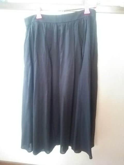 アダムロエペ フレアスカート 黒新品 < ブランドの