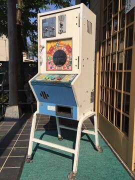 駄菓子屋  レトロ、10円ゲーム、ジャンケンマンフィーバー