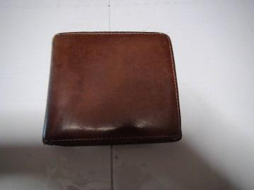 MOLTO FASIOの二つ折り財布!。