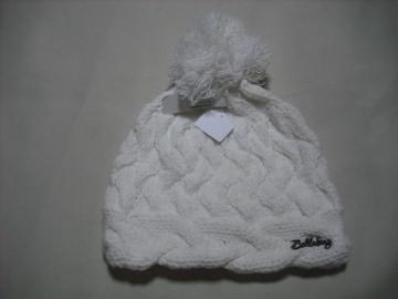 wb129 女 BILLABONG ビラボン ボンボン付き ニット帽 白