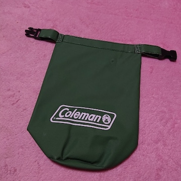 新品Coleman☆防水防滴ミニバック