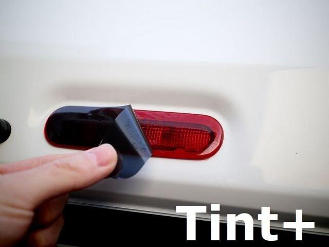 Tint+何度も貼れるジムニーJB64W/JB74Wハイマウントストップランプ スモークフィルム < 自動車/バイク