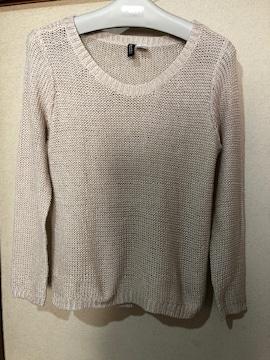 【H&M】春先に着れる サラッと素材のセーター
