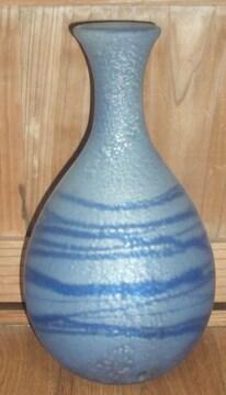 作家物銀箔のような青いライン入りガラス花瓶