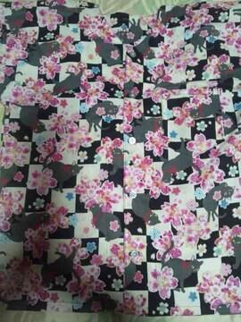 ☆新柄黒&白格子×黒猫と桜柄ダボシャツ130