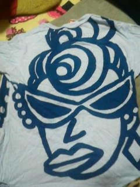 男女兼用デカミニ&ママ柄Tシャツ110 < ブランドの