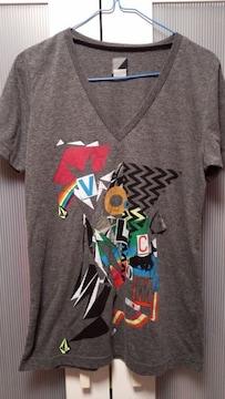 ハワイ購入☆ボルコム☆Tシャツ☆新品同様☆スミクロ☆M☆カラフル☆送料込み