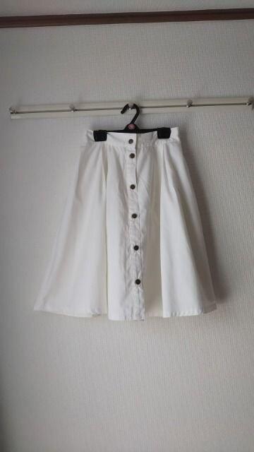 フレアースカート  < 女性ファッションの