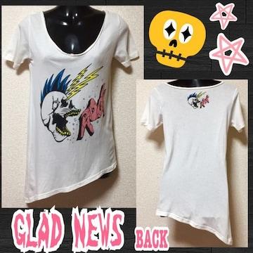 【GLAD NEWS】モヒカンスカルプリント裾斜めカットT