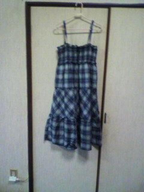 ベアワンピ  < 女性ファッションの