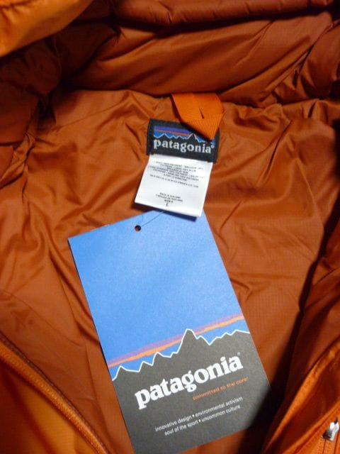 未使用パタゴニアパフJKT Patagonia < ブランドの