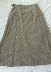 セミフレアー。ロングスカート美品