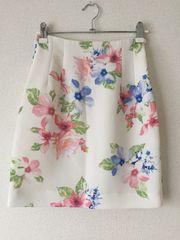 セシルマクビーCECIL花柄フラワー台形ミニスカート白ホワイトワンピースボトムスリエンダrienda