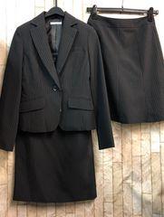 新品☆7号お仕事に!スカート2種付きスーツ黒ストライプ☆b874