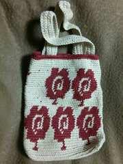 手編みのミニバック、北欧柄