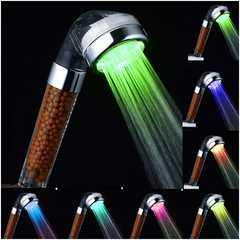 激安商品♪LEDシャワーヘッド 7発光色 抗菌、浄水、節水