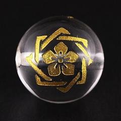 訳有り!!彫刻ビーズ水晶12mm(金)家紋「坂本龍馬」