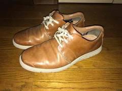 クラークス靴