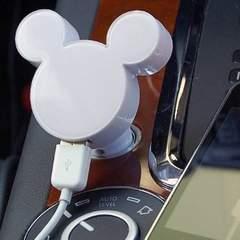 【送料込】Disney ミッキーシルエット型 車載用DC充電器