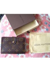 正規品 ルイヴィトン 美箱、袋付き モノグラム 折り畳み財布