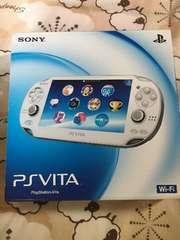 PlayStationVita Wi-Fiモデル クリスタルホワイト PCH-1000