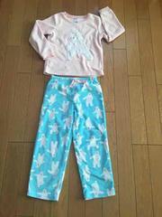 美品!!しろくまピンク×ブルーフリースパジャマ