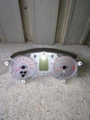 T MAX(SJ04J)用スピード、タコ、ガソリンメーターです。