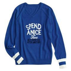 ロゴ入り大人可愛い青色ブルー長袖Vネック薄手綿ニットセーター