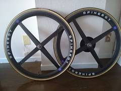 SPINERGY カーボンホイール 700 軽量