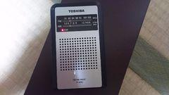 TOSHIBA ワイドFM対応携帯ラジオ