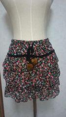 ティアードスカート 花柄 黒 ブラック