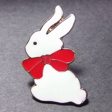 送料無料 ウサギ うさぎ ピンバッジ ラペルピン ブローチ