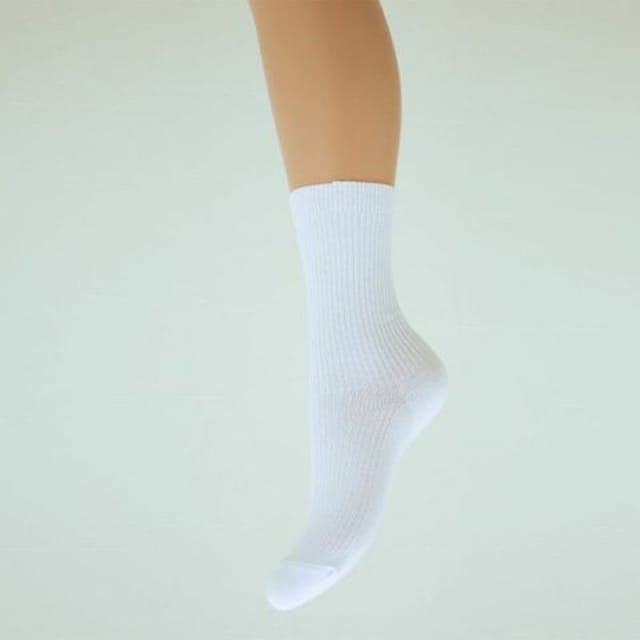ナイガイ 靴下