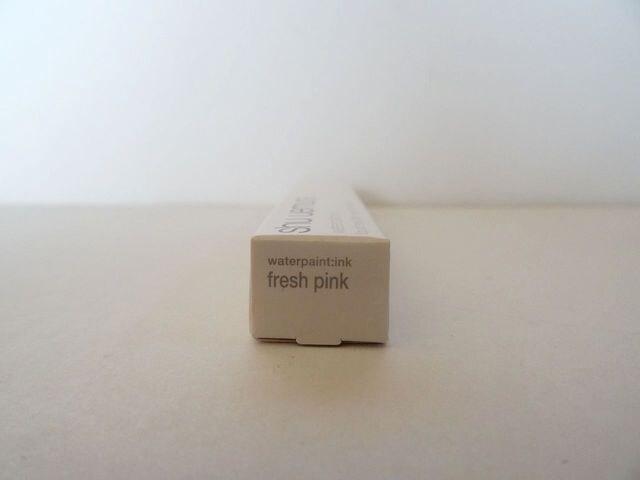 新品・即決 シュウ ウエムラ ウォーターペイント:インク#フレッシュ ピンク < ブランドの