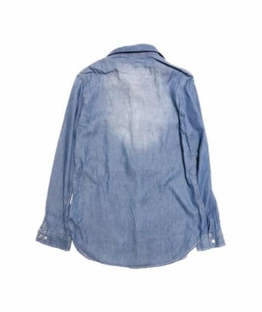 胸ロゴ刺繍ライトデニムシャツ羽織れるロング(L)美品 < 女性ファッションの