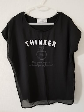 黒に白英語で香水柄のシースルーつき半袖TシャツLL