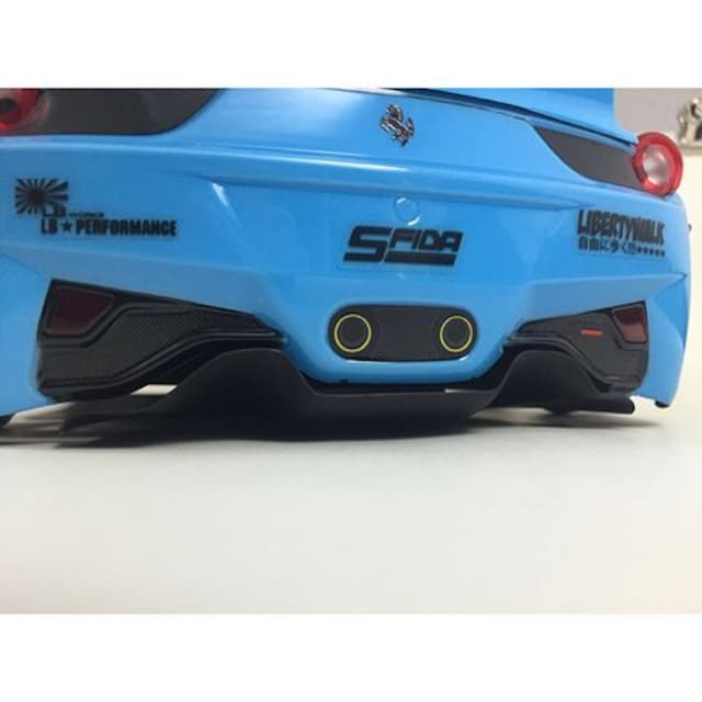 新品 SFIDA 1/10RCカー 458イタリア用LB-WORKSボディキット < ホビーの