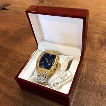 高級感のある木製箱付き♪3Dスカルデザイン メンズ腕時計★黒×金