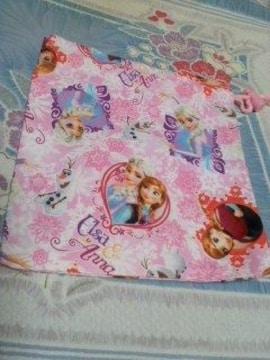 ディズニーアナ雪片紐巾着袋ピンク